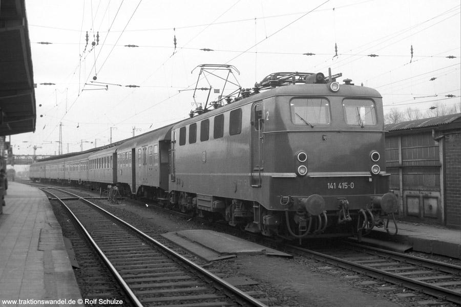 http://www.traktionswandel.de/pics/1975-01-16-a278-08-141415.jpg