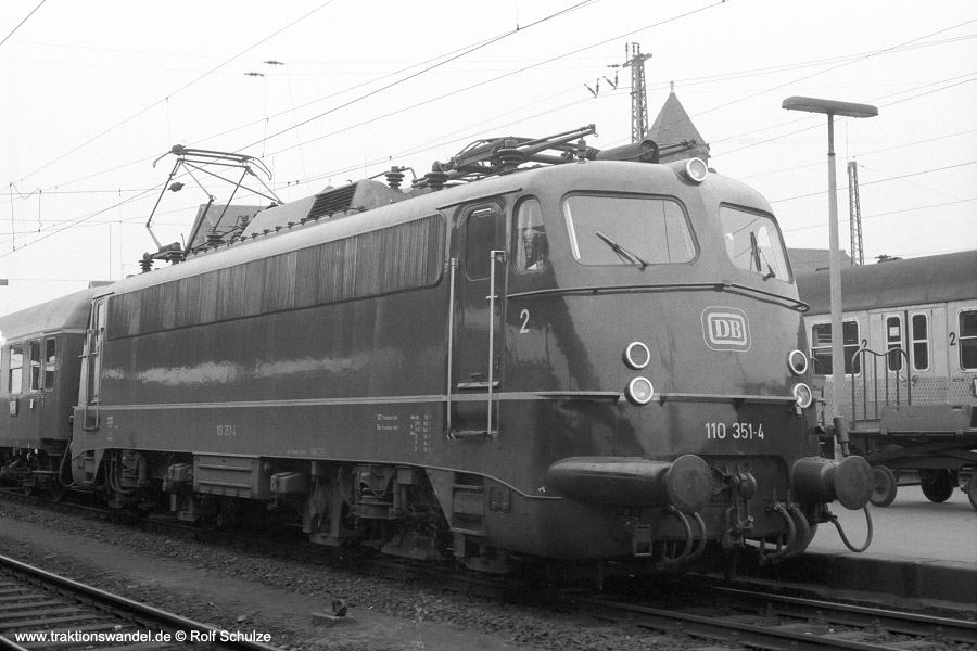 http://www.traktionswandel.de/pics/1975-01-16-a278-17-110351.jpg