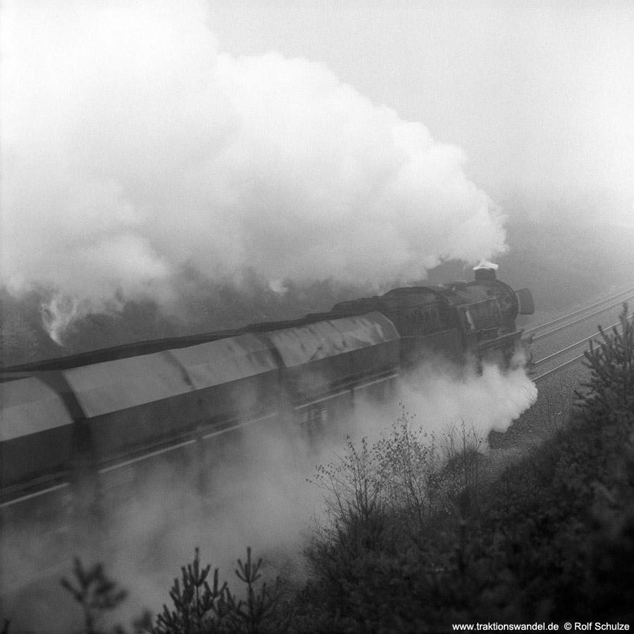 http://www.traktionswandel.de/pics/1976-11-19--02.jpg