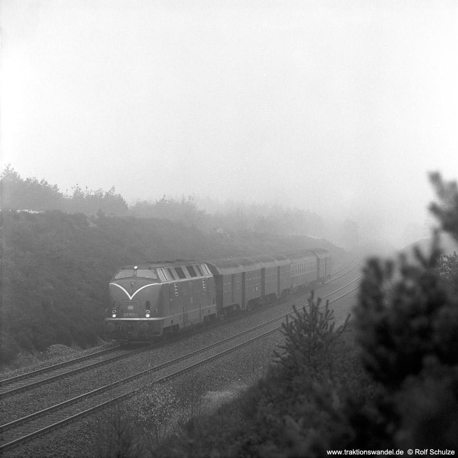 http://www.traktionswandel.de/pics/1976-11-19--03.jpg