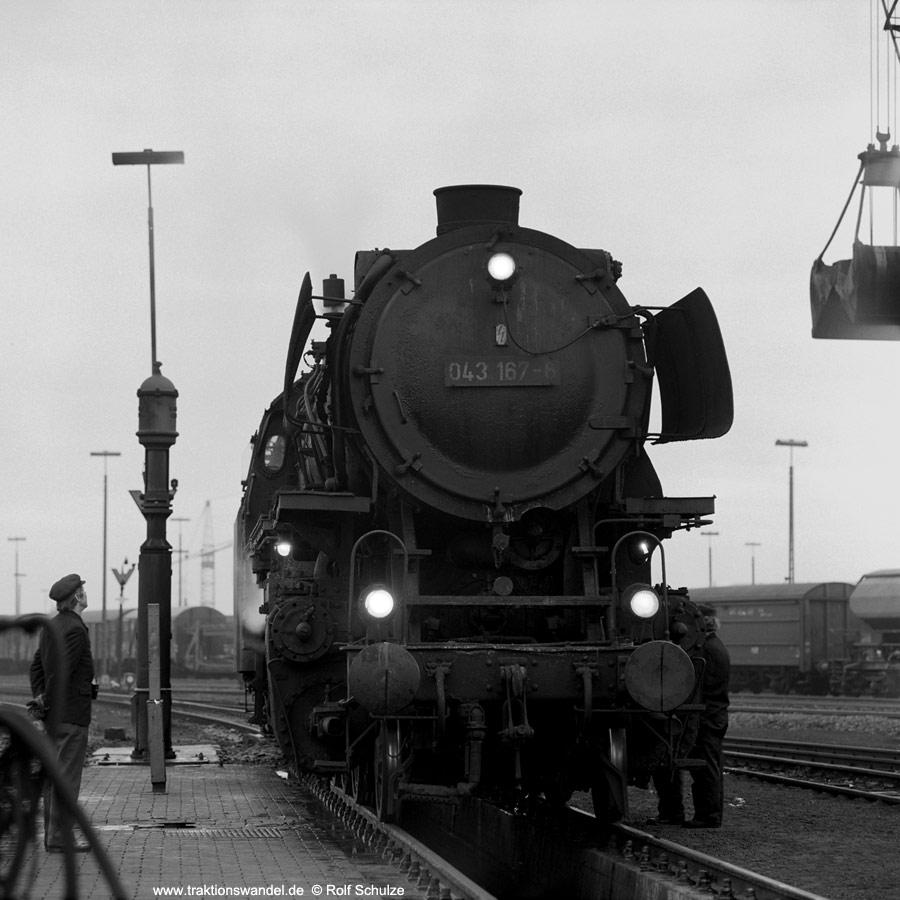 http://www.traktionswandel.de/pics/1976-11-20--21.jpg