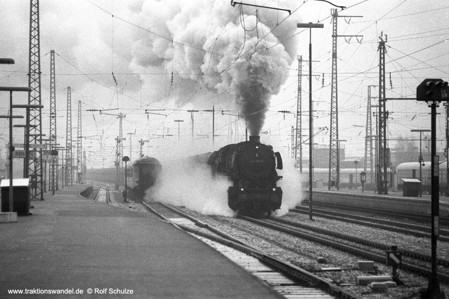 http://www.traktionswandel.de/pics/1976-11-21--01.jpg