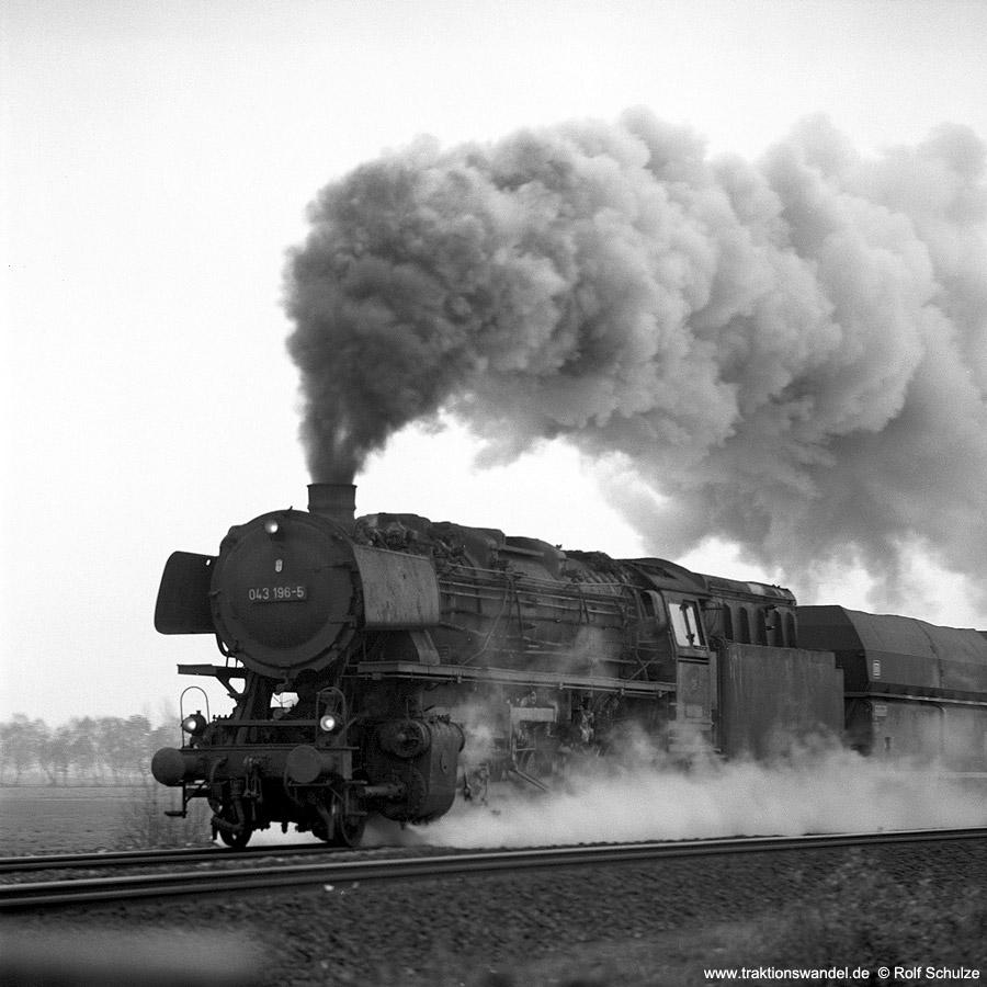 http://www.traktionswandel.de/pics/1976-11-21--12.jpg