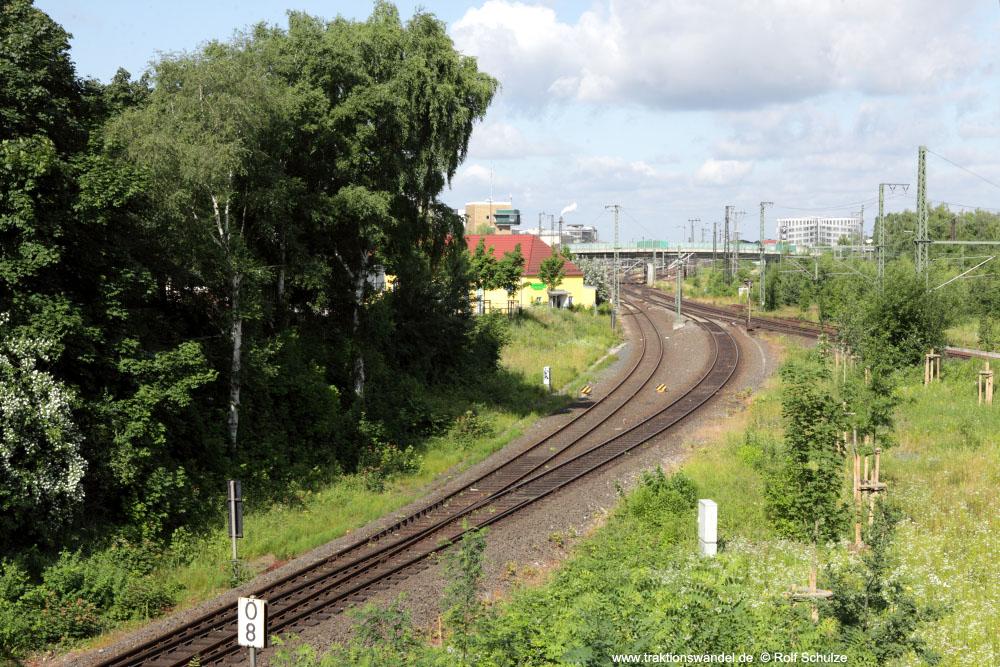 http://www.traktionswandel.de/pics/affb/2013-06-22_006_Aschaffenbg_Blick-Goldbacherstr_1000.jpg