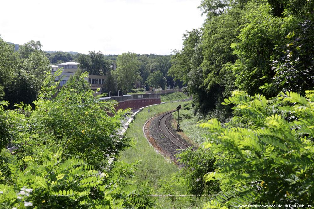 http://www.traktionswandel.de/pics/affb/2013-06-22_012_Aschaffenbg_Blick-Goldbacherstr_1000.jpg