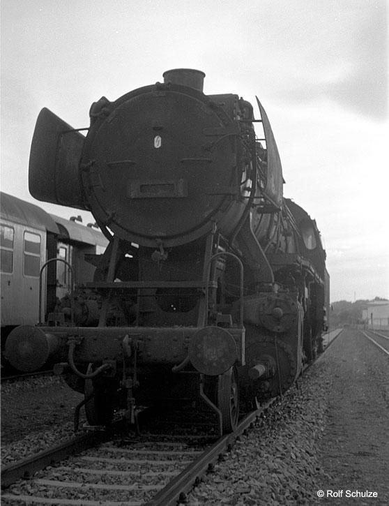http://www.traktionswandel.de/pics/foren/hifo/1968/1968_A12-62_50-unbek_Frankfurt-Ost.jpg