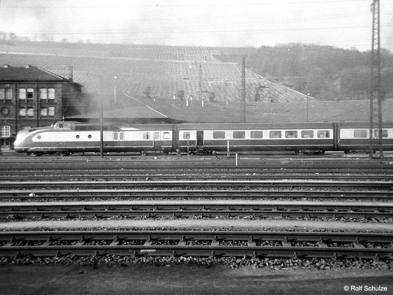 http://www.traktionswandel.de/pics/foren/hifo/1969/1969-04-10_A02-08_601_Wuerzburg_800.jpg