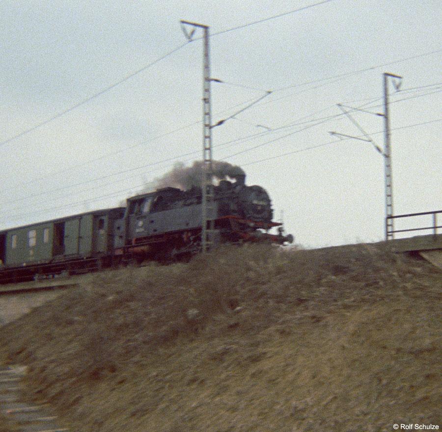http://www.traktionswandel.de/pics/foren/hifo/1969/1969-12_B06-02_064136-5_BwHeilbronn_N3860_Wuerzburg-Mainbruecke_900.jpg