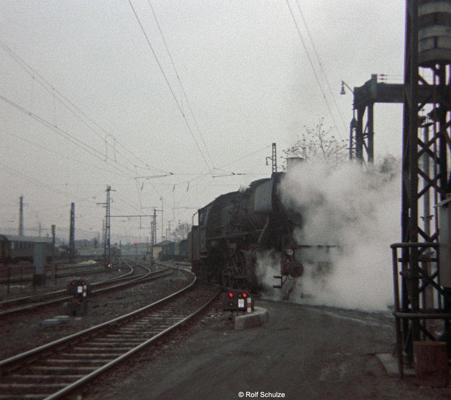 http://www.traktionswandel.de/pics/foren/hifo/1969/1969-12_B06-09_051014-9_BwSchweinfurt_imBwWuerzburg_900.jpg