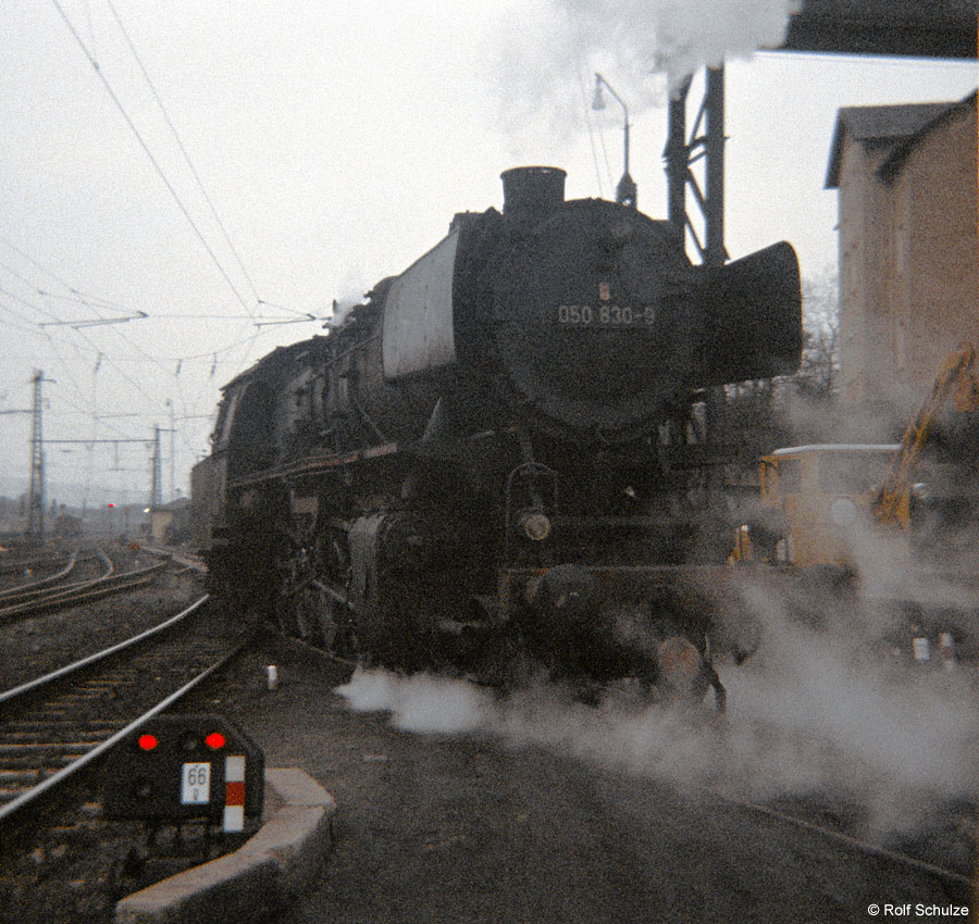 http://www.traktionswandel.de/pics/foren/hifo/1969/1969-12_B06-17_050830-9_BwHeilbronn_imBwWuerzburg_900.jpg