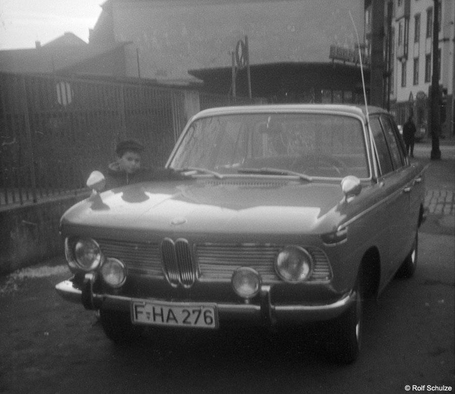 http://www.traktionswandel.de/pics/foren/hifo/1969/bmw2000.jpg