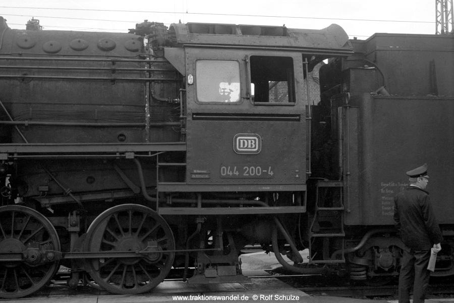 http://www.traktionswandel.de/pics/foren/hifo/1971-06-12_A46-17A_044200-4-Fhs_Bwottb_ng_goettingen_900.jpg