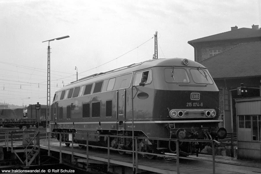 http://www.traktionswandel.de/pics/foren/hifo/1971-06-17_A47-16_215074-6_BwUlm_imBwAburg.jpg