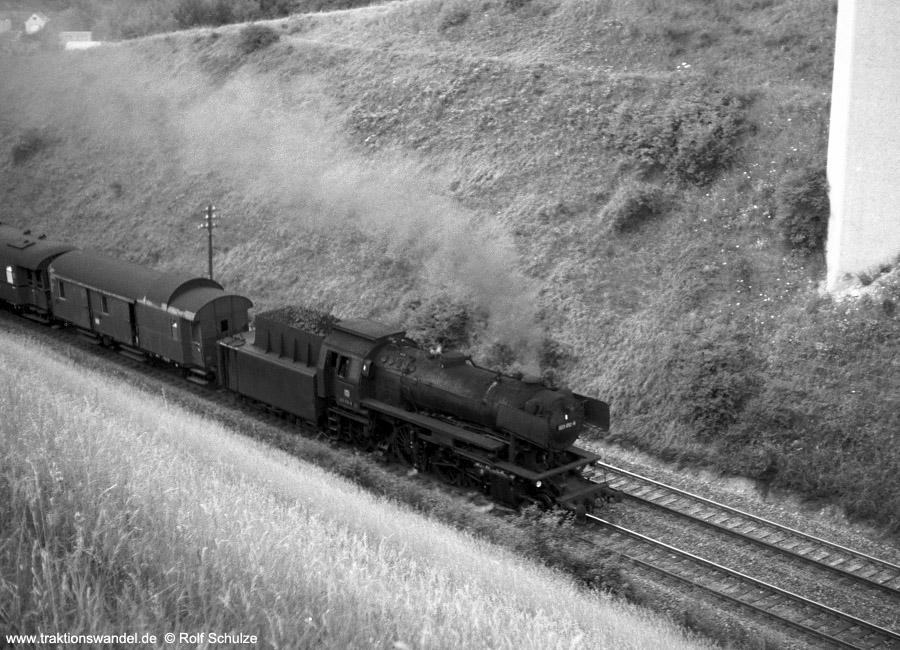 http://www.traktionswandel.de/pics/foren/hifo/1971-07-21_A50-14_023012-8_BwCrail_N3897_beiWuerzbg-Hf-West.jpg