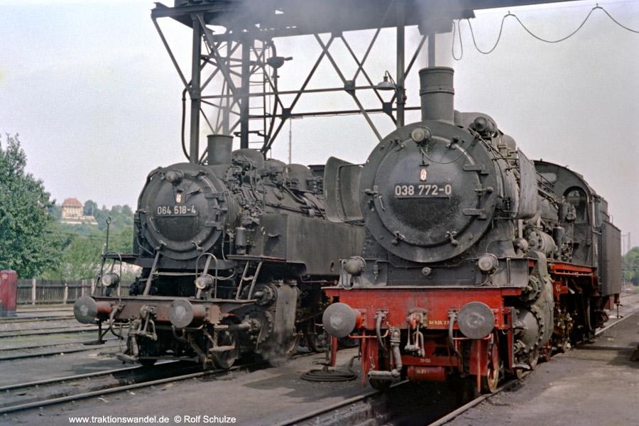 http://www.traktionswandel.de/pics/foren/hifo/1971-08-07_B22-10_038772-0_064518-4_BwTuebingen_dort.jpg