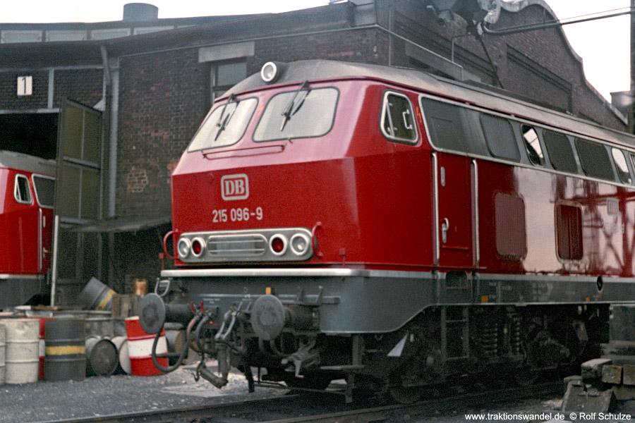 http://www.traktionswandel.de/pics/foren/hifo/1971-08-07_B22-32_215096-9_BwUlm_dort.jpg