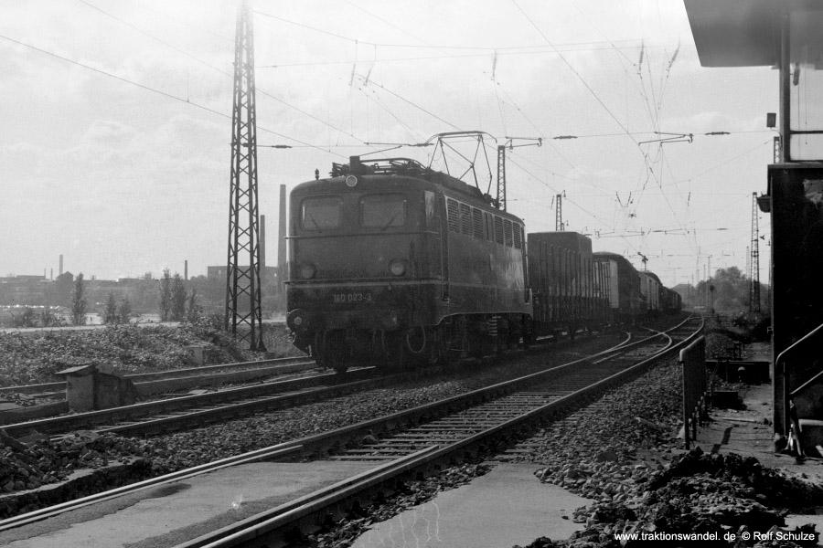 http://www.traktionswandel.de/pics/foren/hifo/1971-10-05_C01-07_140023-2_BwSeelze_Gz_Frankfurt-Mainkur_900.jpg