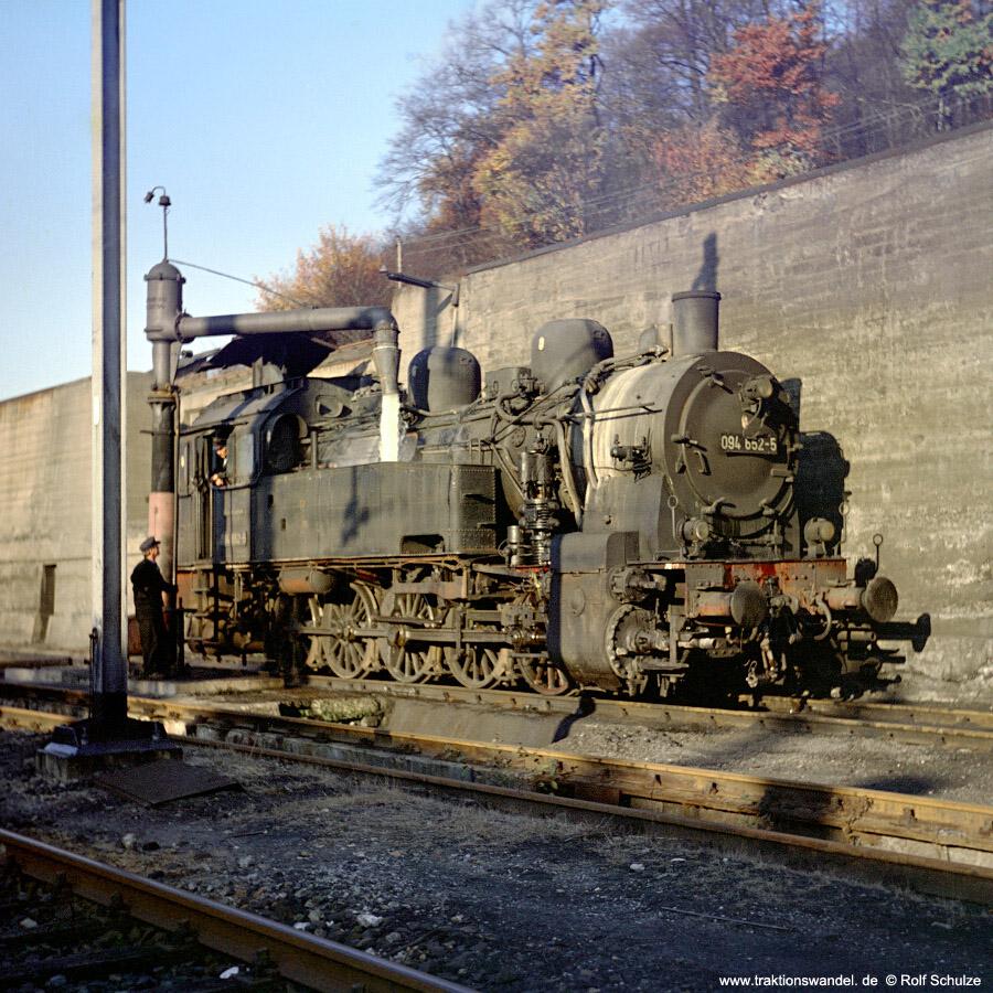 http://www.traktionswandel.de/pics/foren/hifo/1971-10-28_D01-04_094652-5_BwDillenburg_dort-Wasser.jpg