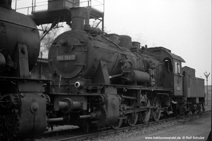 http://www.traktionswandel.de/pics/foren/hifo/1971-11-01_A66-32.jpg