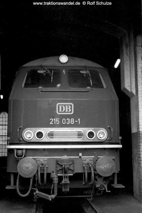 http://www.traktionswandel.de/pics/foren/hifo/19710531_A4415_215038-1_betzdorf.jpg