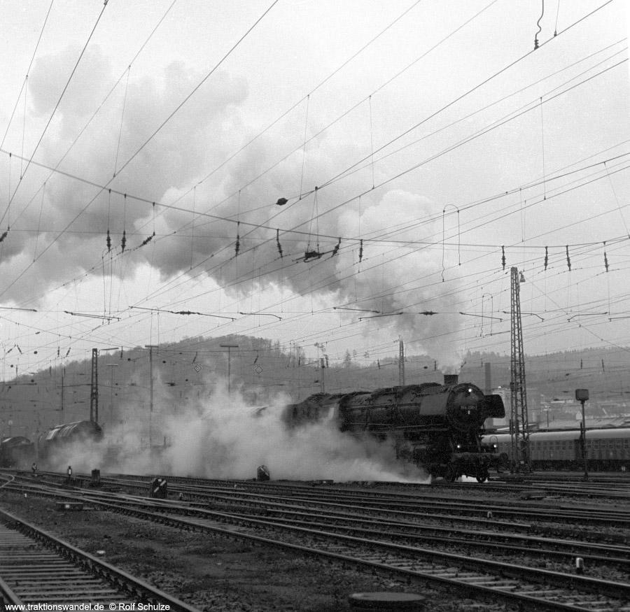 http://www.traktionswandel.de/pics/foren/hifo/1972-03-04_A72-05_044206-1_BwBetzdf_Ausf-Dillenburg.jpg