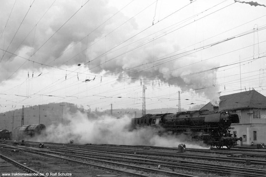 http://www.traktionswandel.de/pics/foren/hifo/1972-03-04_A72-07_044206-1_BwBetzdf_Ausf-Dillenburg.jpg