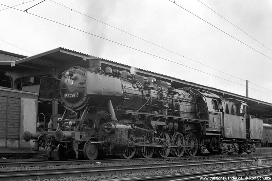 http://www.traktionswandel.de/pics/foren/hifo/1972-04-01_A80-11_052728-3_BwBetzdorf_Kreuztal.jpg