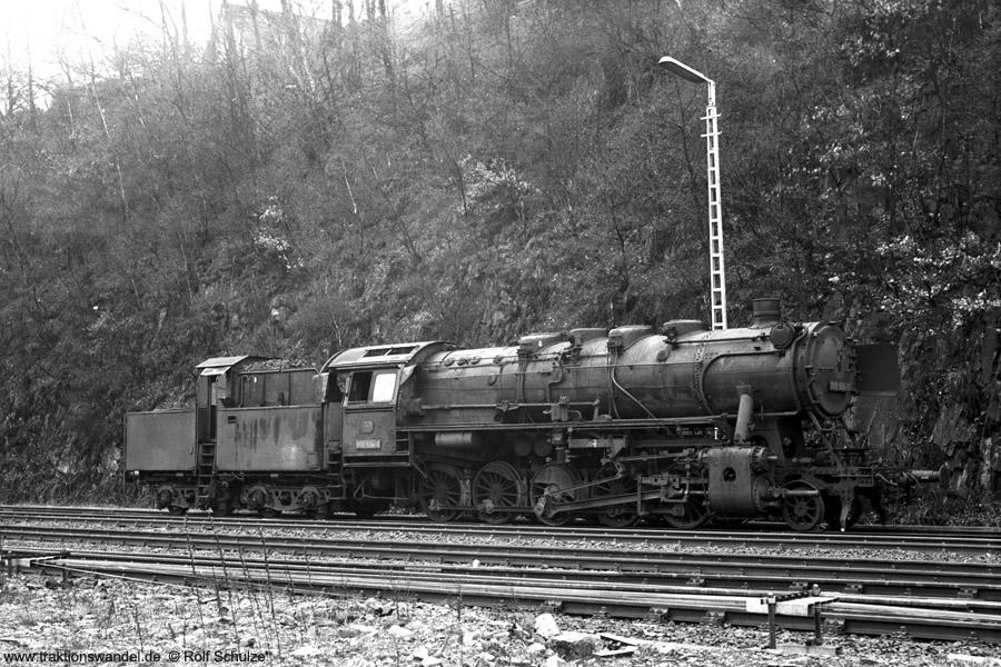 http://www.traktionswandel.de/pics/foren/hifo/1972-04-01_A80-45_050504-0+_BwBetzdorf_dort.jpg