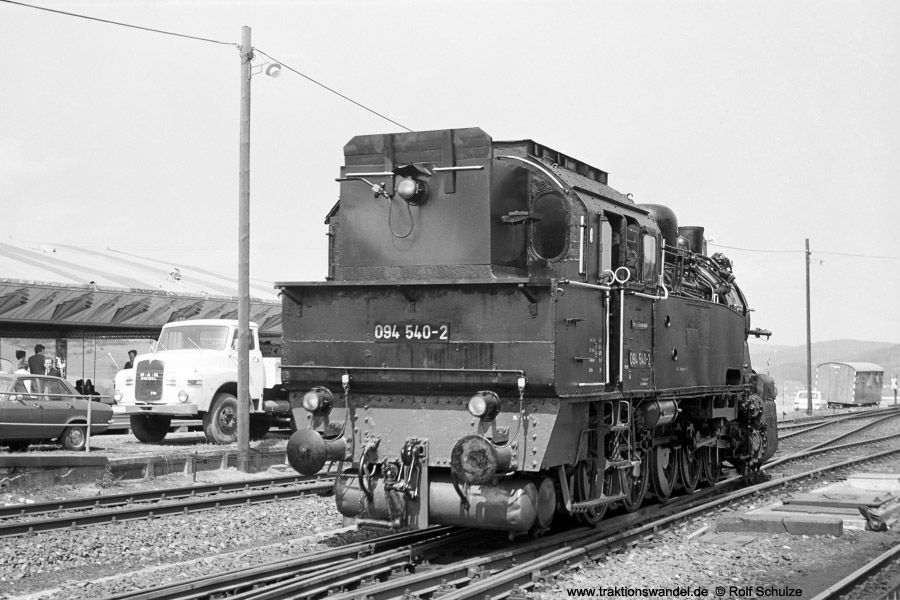 http://www.traktionswandel.de/pics/foren/hifo/1972-04-30_A85-02_094540-2_BwDillenbg_Goennern-umsetzen.jpg
