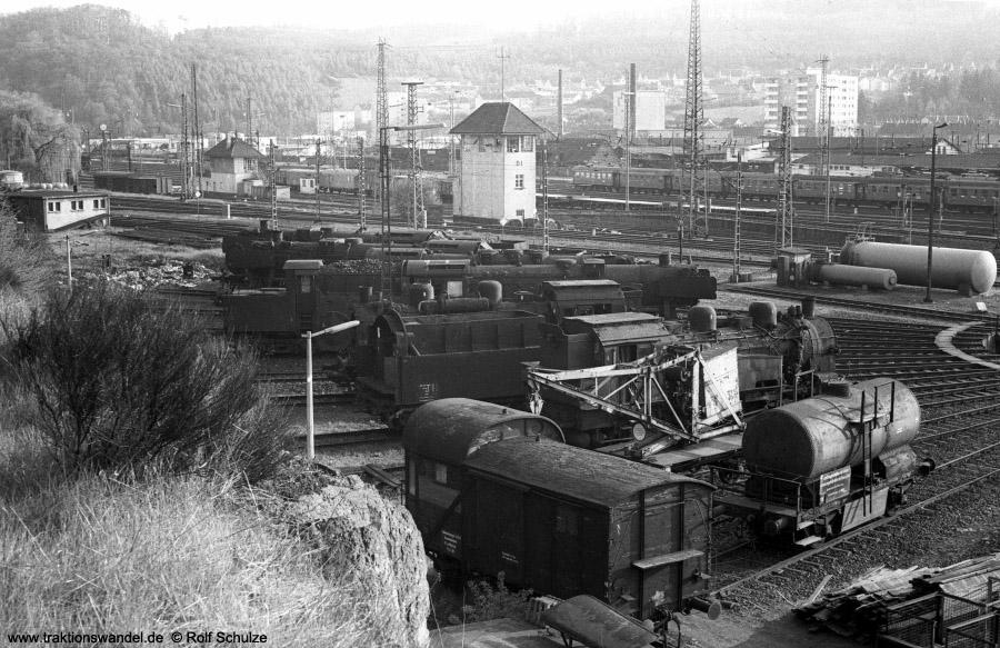 http://www.traktionswandel.de/pics/foren/hifo/1972-04-30_A86-06_Blick-Bw-Dillenburg.jpg