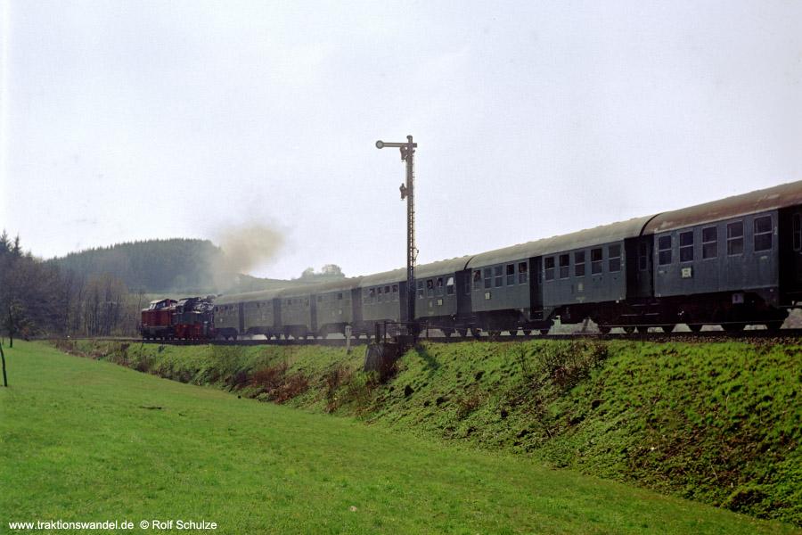 http://www.traktionswandel.de/pics/foren/hifo/1972-04-30_D07-11_213337_094540_Sdz_Rueckf.jpg
