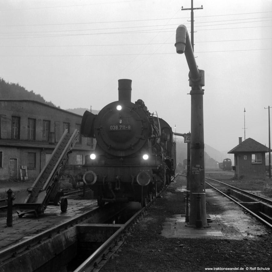 http://www.traktionswandel.de/pics/foren/hifo/1972-09-22_C11-04_038711-8_BwTuebingen_imBwHorb_900.jpg