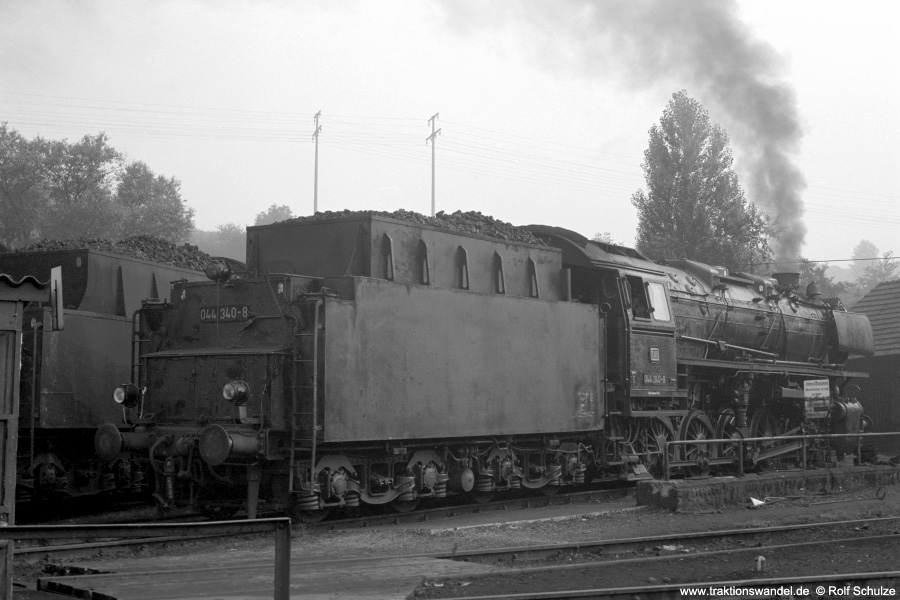 http://www.traktionswandel.de/pics/foren/hifo/1972-09-23_A108-11_044340-8_BwRottweil_dort_900.jpg
