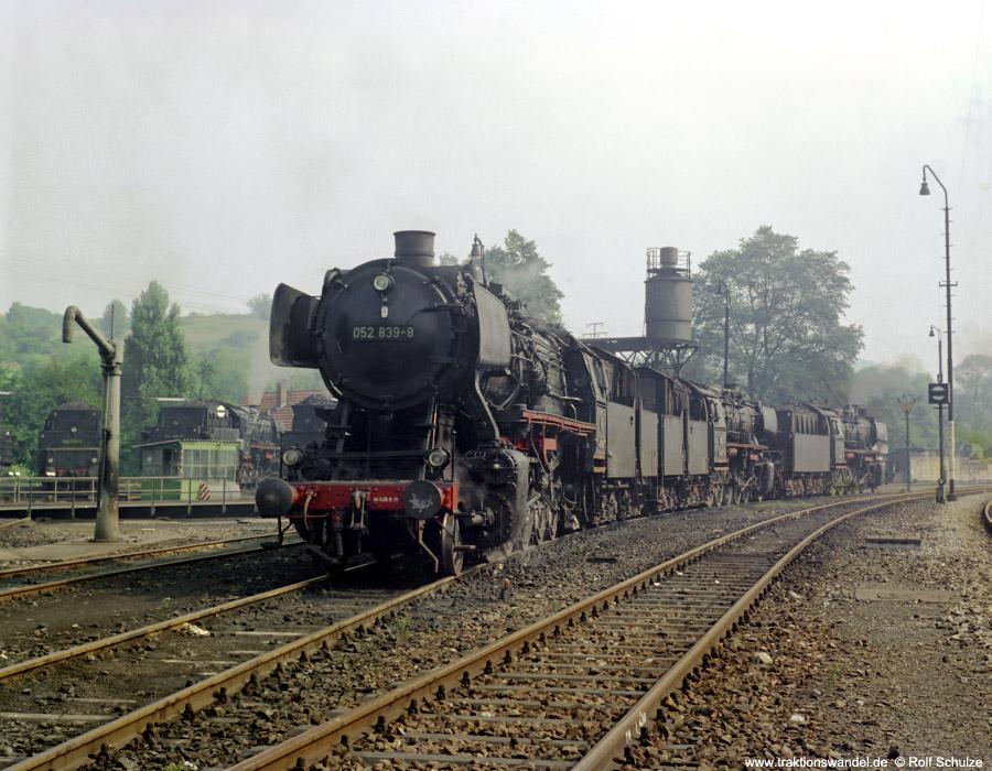 http://www.traktionswandel.de/pics/foren/hifo/1972-09-23_D13-01_052839-8_u-a_BwRottweil_dort_900.jpg