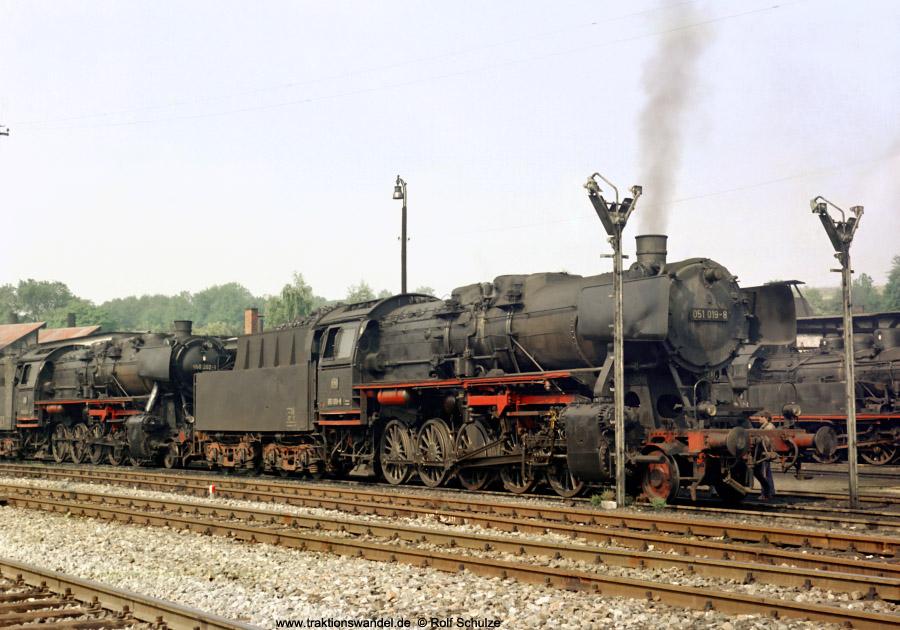 http://www.traktionswandel.de/pics/foren/hifo/1972-09-23_D13-05_051019_BwRottweil_dort_900.jpg