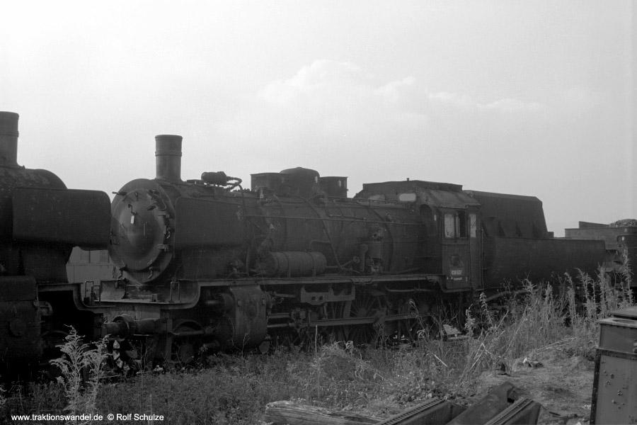 http://www.traktionswandel.de/pics/foren/hifo/1972-09-24_A109-20_038637-5+_BwTuebingen_dort_900.jpg