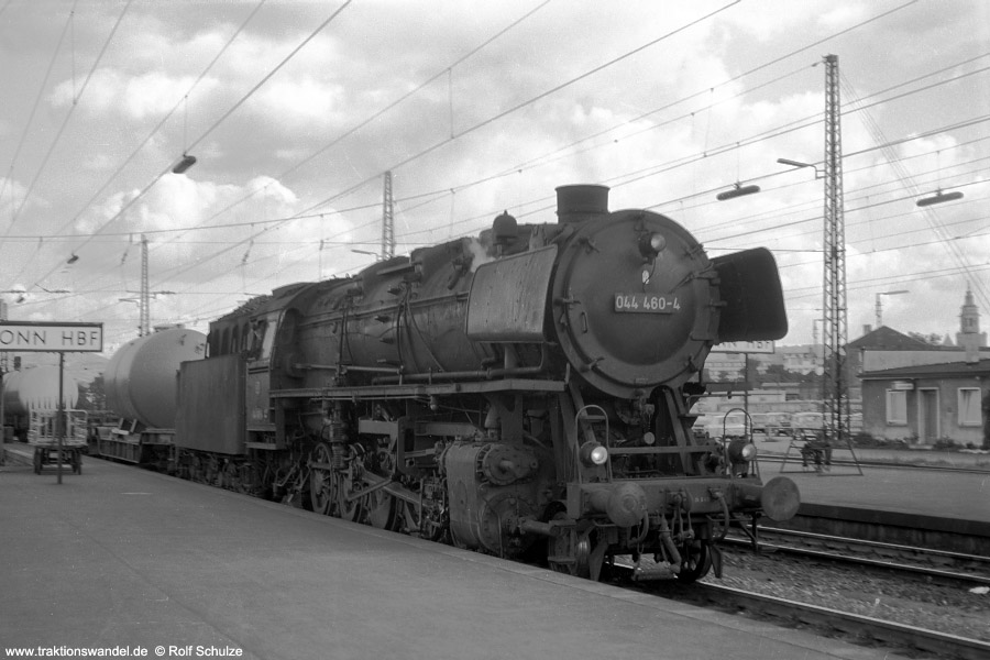 http://www.traktionswandel.de/pics/foren/hifo/1972-09-24_A110-09_044460-4_BwCrailsheim_Gz_Heilbronn_900.jpg
