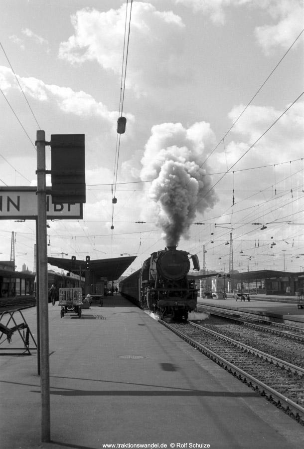 http://www.traktionswandel.de/pics/foren/hifo/1972-09-24_A110-23_023021-9_BwCrailsheim_N3814_Heilbronn_Ausf_900.jpg