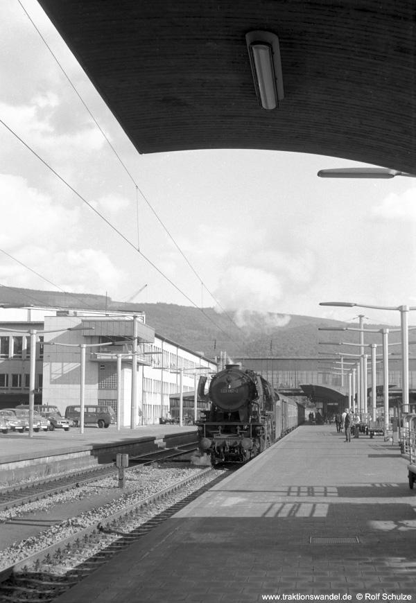 http://www.traktionswandel.de/pics/foren/hifo/1972-09-24_A110-53_023067-2_BwCrailsheim_E1956_Heidelberg_900.jpg