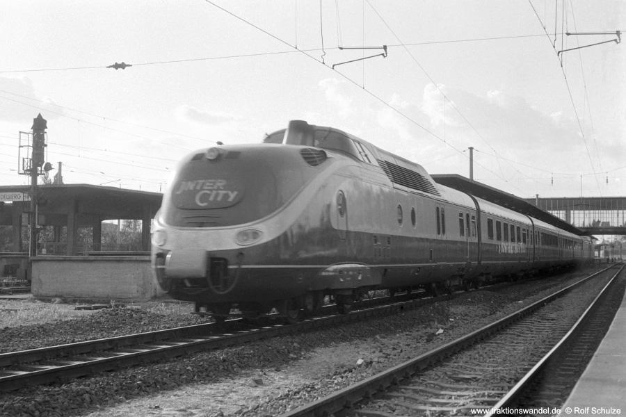 http://www.traktionswandel.de/pics/foren/hifo/1972-09-24_A111-01_601_Heidelberg_900.jpg