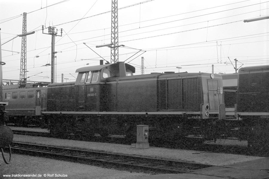 http://www.traktionswandel.de/pics/foren/hifo/1972-09-24_A112-04_290001-7_BwMannheim_dort_900.jpg