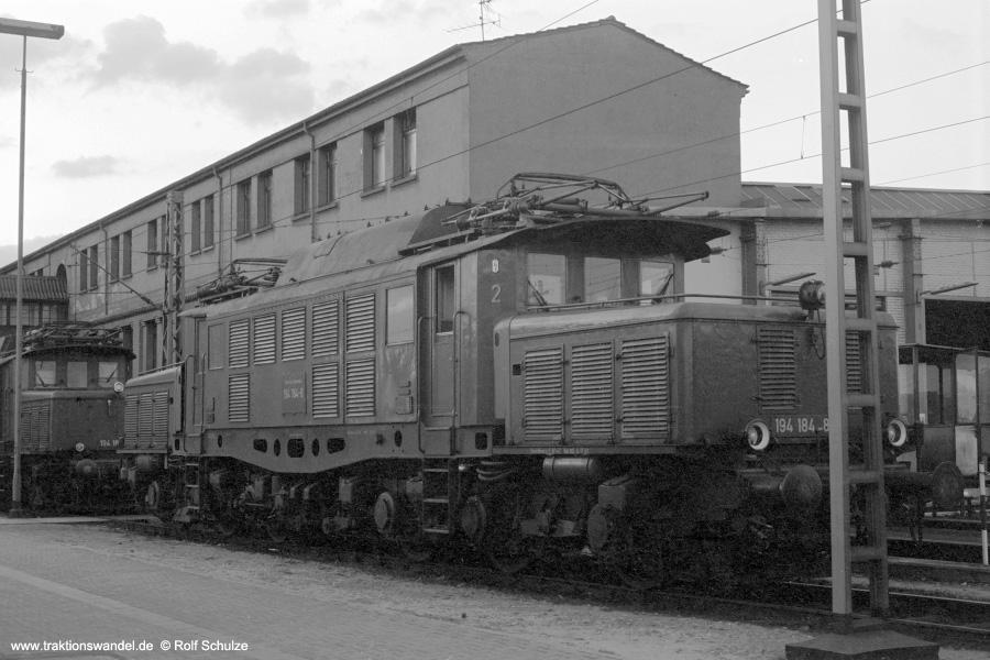 http://www.traktionswandel.de/pics/foren/hifo/1972-09-24_A112-15_194184-8_BwMannheim_dort_900.jpg