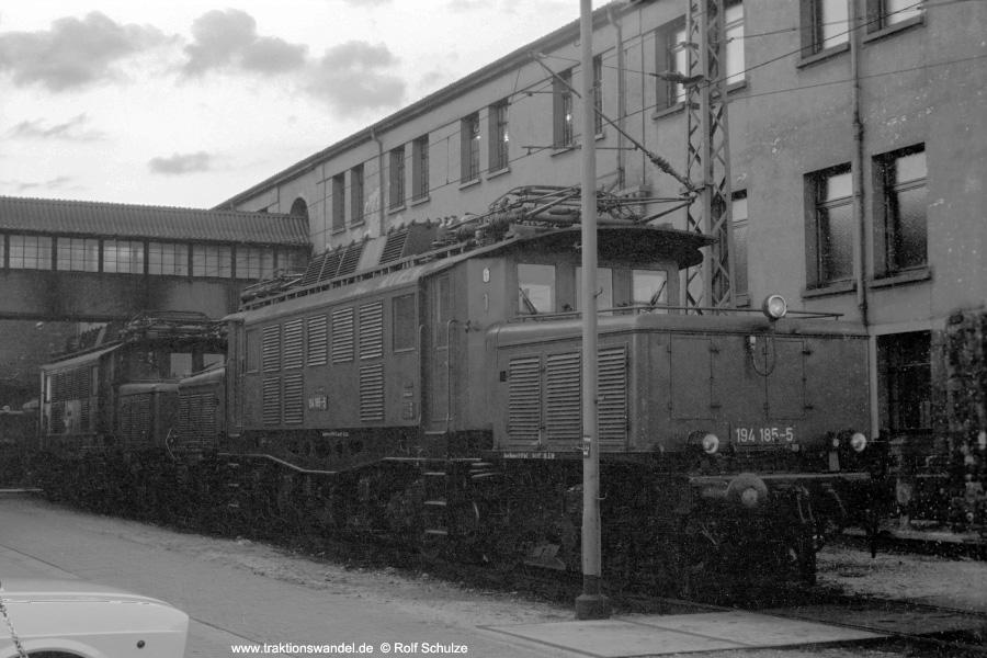 http://www.traktionswandel.de/pics/foren/hifo/1972-09-24_A112-16_194185-5_BwMannheim_dort_900.jpg