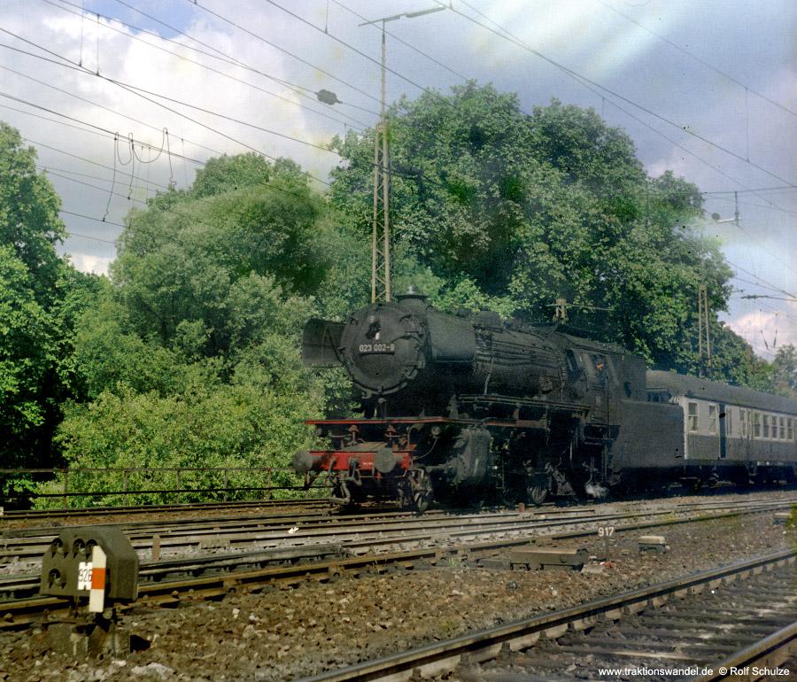 http://www.traktionswandel.de/pics/foren/hifo/1972-09-24_D13-10_023002_BwCrailsheim_N3819_Heilbronn_900.jpg