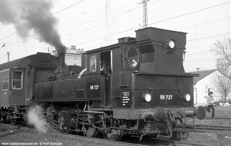 http://www.traktionswandel.de/pics/foren/hifo/1973-03-11_A129-07_98727_Ochsenfurt.jpg