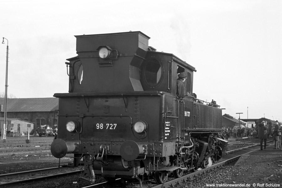 http://www.traktionswandel.de/pics/foren/hifo/1973-03-11_A131-11_98727_in-Lauda_rang.jpg
