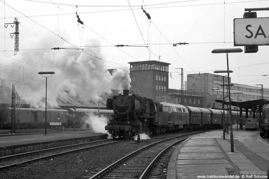 http://www.traktionswandel.de/pics/foren/hifo/1973-04-10_A134-28_052174-0_216178_N4065_SaarbrueckenHbf.jpg
