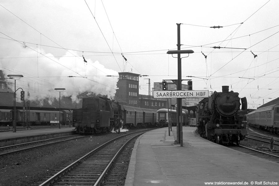 http://www.traktionswandel.de/pics/foren/hifo/1973-04-10_A135-06_023063-1_N4075_052174-0_N4081_SaarbrueckenHbf.jpg