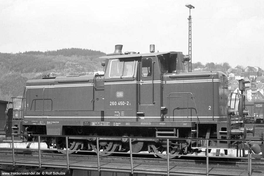 http://www.traktionswandel.de/pics/foren/hifo/1973-04-26_A143-18_260450-2_BwSiegen_imBwBetzdorf-Drehscheibe_900.jpg