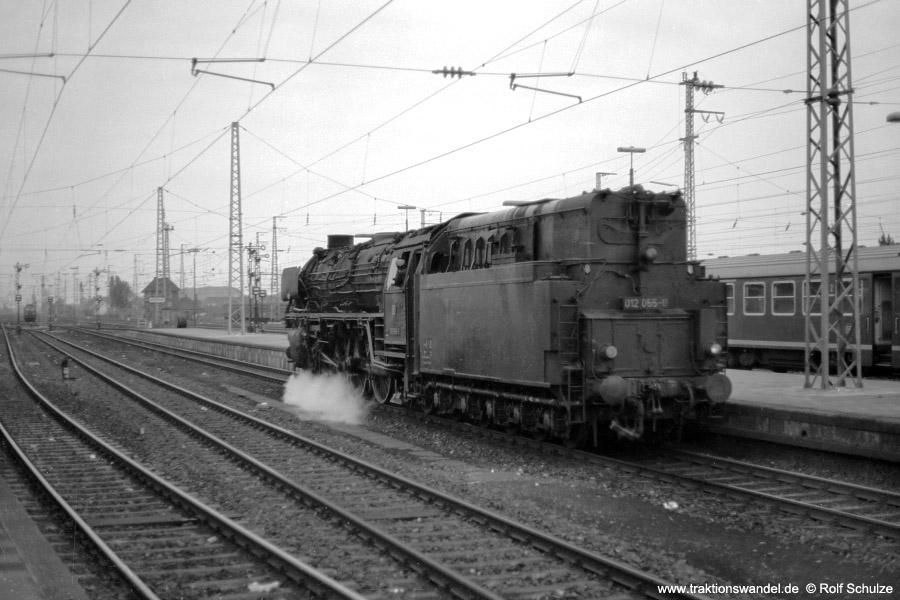http://www.traktionswandel.de/pics/foren/hifo/1973-06-11_A155-07_012055-0_BwRheine_RheinePbf_ausE1638_900.jpg